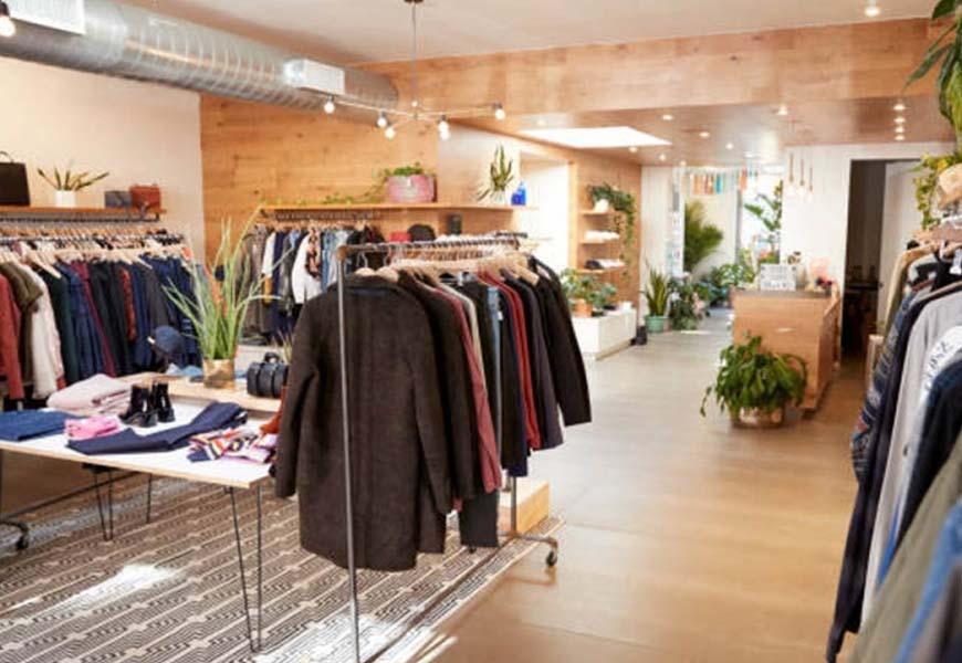 new products c90c4 3443f Arredamenti negozi abbigliamento - Thype.it